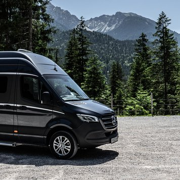 Discover the Yucon Camper Van by FRANKIA – Your Off-road and Outdoor Companion